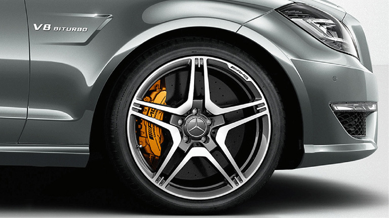 AMG Carbon-Ceramic High-Performance Braking System