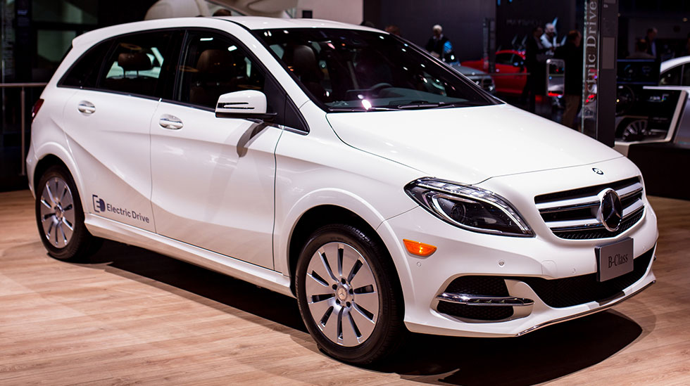 Mercedes auto shows los angeles detroit chicago and new for Mercedes benz b250e