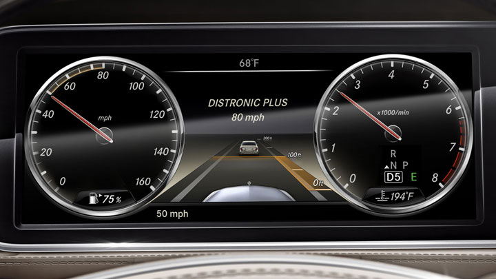 DISTRONIC PLUS� with Steering Assist