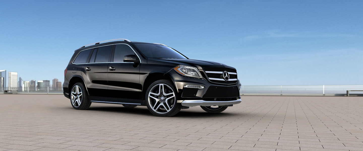 Mercedes Benz 2015 GL CLASS GL550 4MATIC SUV BACKGROUND BYO D 01