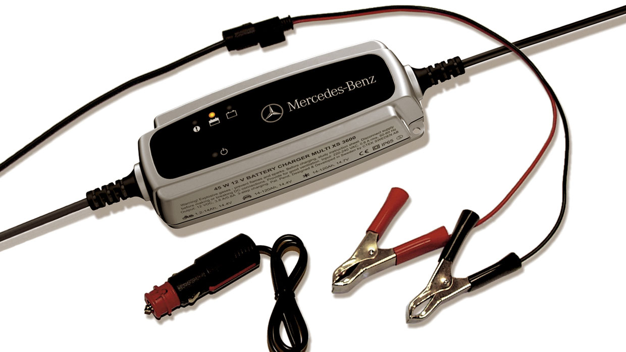 Mercedes Benz MERCEDES BENZ BATTERY TRICKLE CHARGER MCFO R