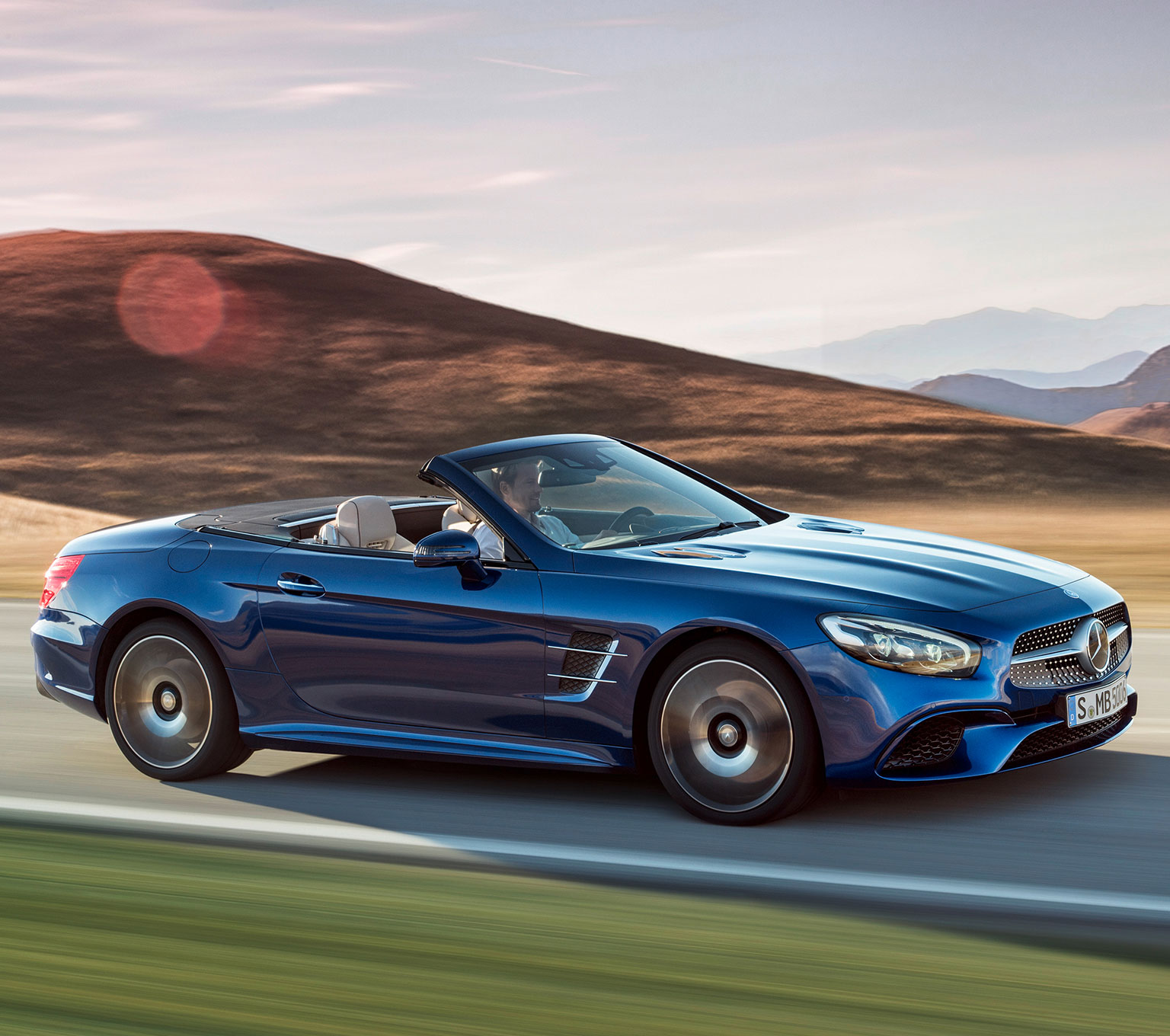 2017 mercedes benz sl roadster for Mercedes benz sl roadster