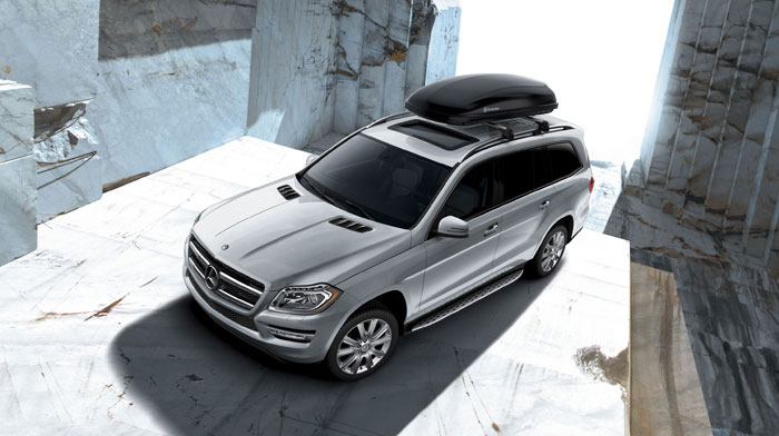 in Iridium Silver with accessory roof cargo container