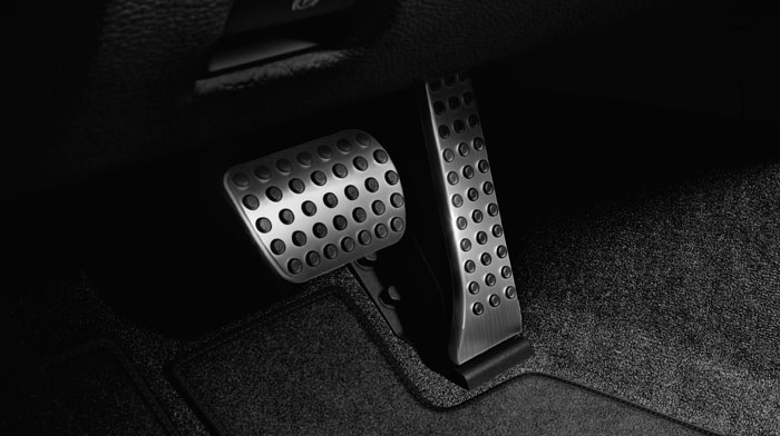with standard brushed aluminum pedals