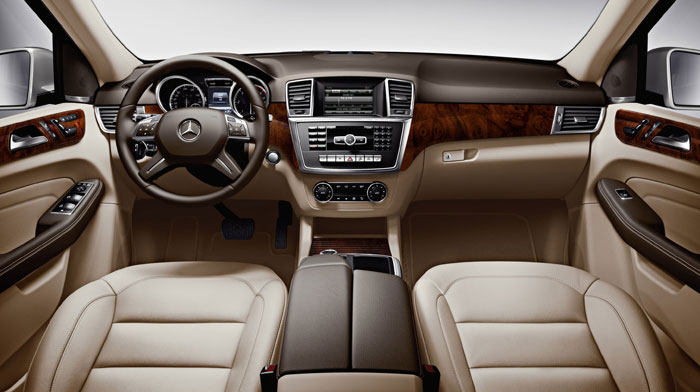 ML250 BlueTEC in Almond Beige/Brown leather and Burl Walnut wood