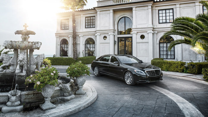 Mercedes-Maybach S600 in Magnetite Black with 20-inch Exclusive wheels