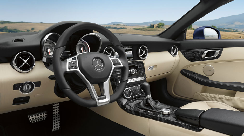 Mercedes-Benz 2015 SLK CLASS ROADSTER GALLERY 009 GOI D