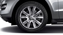 19-inch twin 5-spoke wheels
