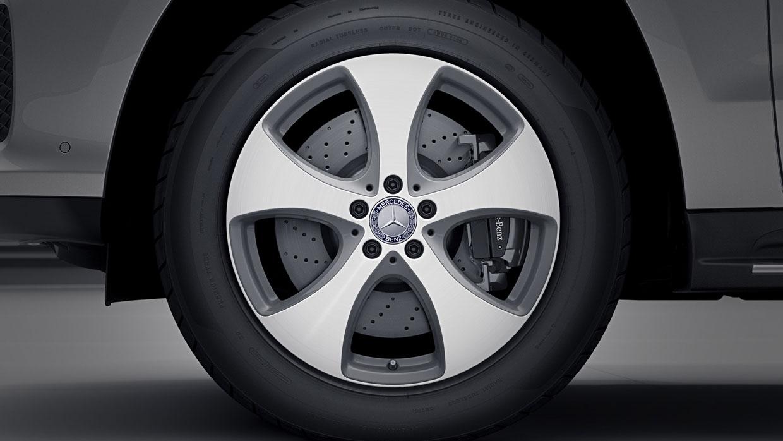 Mercedes-Benz 2017 GLE SUV 008 MCFO R