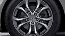 Mercedes-Benz 2018 WHEELS BQ6400153 MCF