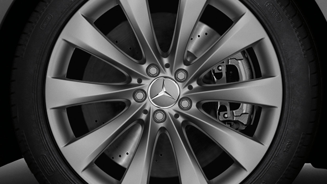 Mercedes-Benz 2018 WHEELS BQ8409062 MCFO R