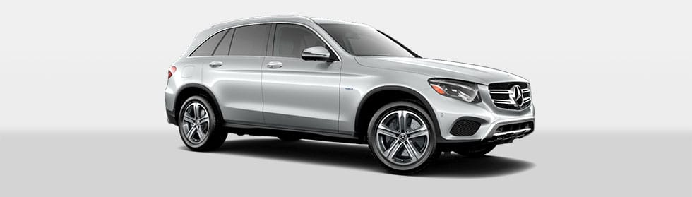 Mercedes-Benz 2019 GLC350e SUV ACCESSORIES HERO