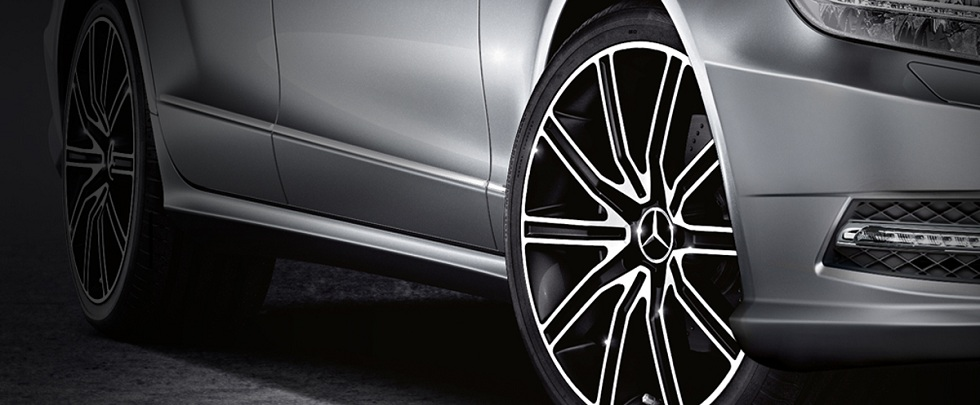 Light alloy wheels car accessories from mercedes benz for Mercedes benz mag wheels