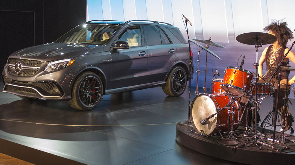 Mercedes-Benz 2015 NYIAS EVENT 980x549 05