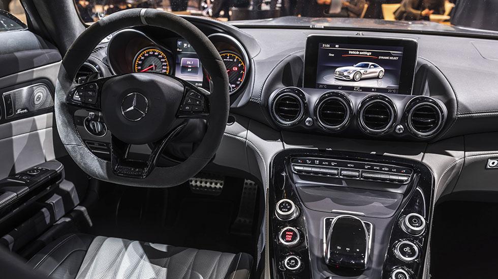 Mercedes-Benz 2017 DETROIT AUTO SHOW 10