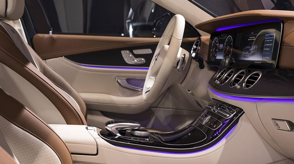 Mercedes-Benz 2016 LA AUTO SHOW 03