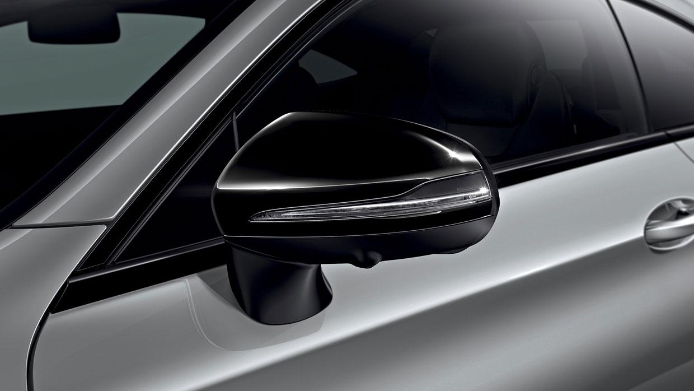 Mercedes-Benz 2017 E SEDAN 085 MCFO R
