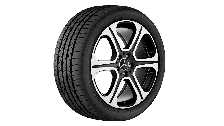 Mercedes-Benz 2017 E SEDAN 095 MCFO R