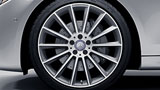 2017-E-SEDAN-WHEEL-THUMBNAIL-RVQ-D.jpg