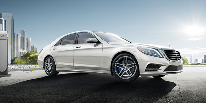 https://assets.mbusa.com/vcm/MB/DigitalAssets/CurrentOffers/Responsive/2017/2017-SPECIAL-OFFERS-14_S-Class_001_HYBRID-D.jpg