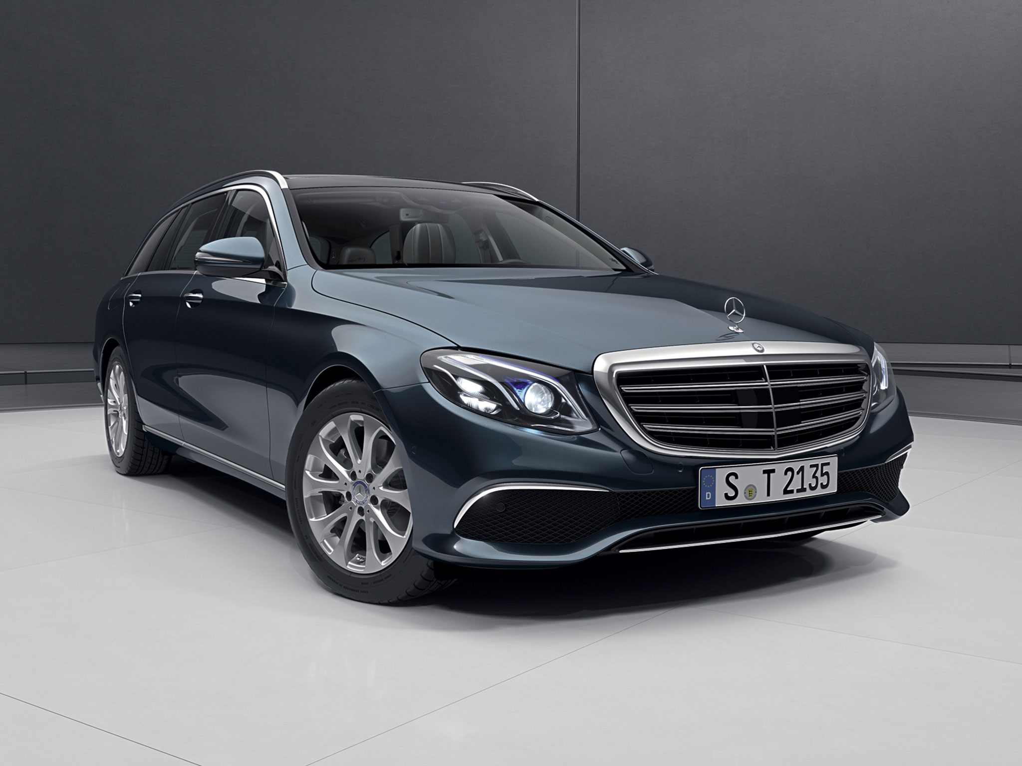 The All New Mercedes Benz E400 Wagon