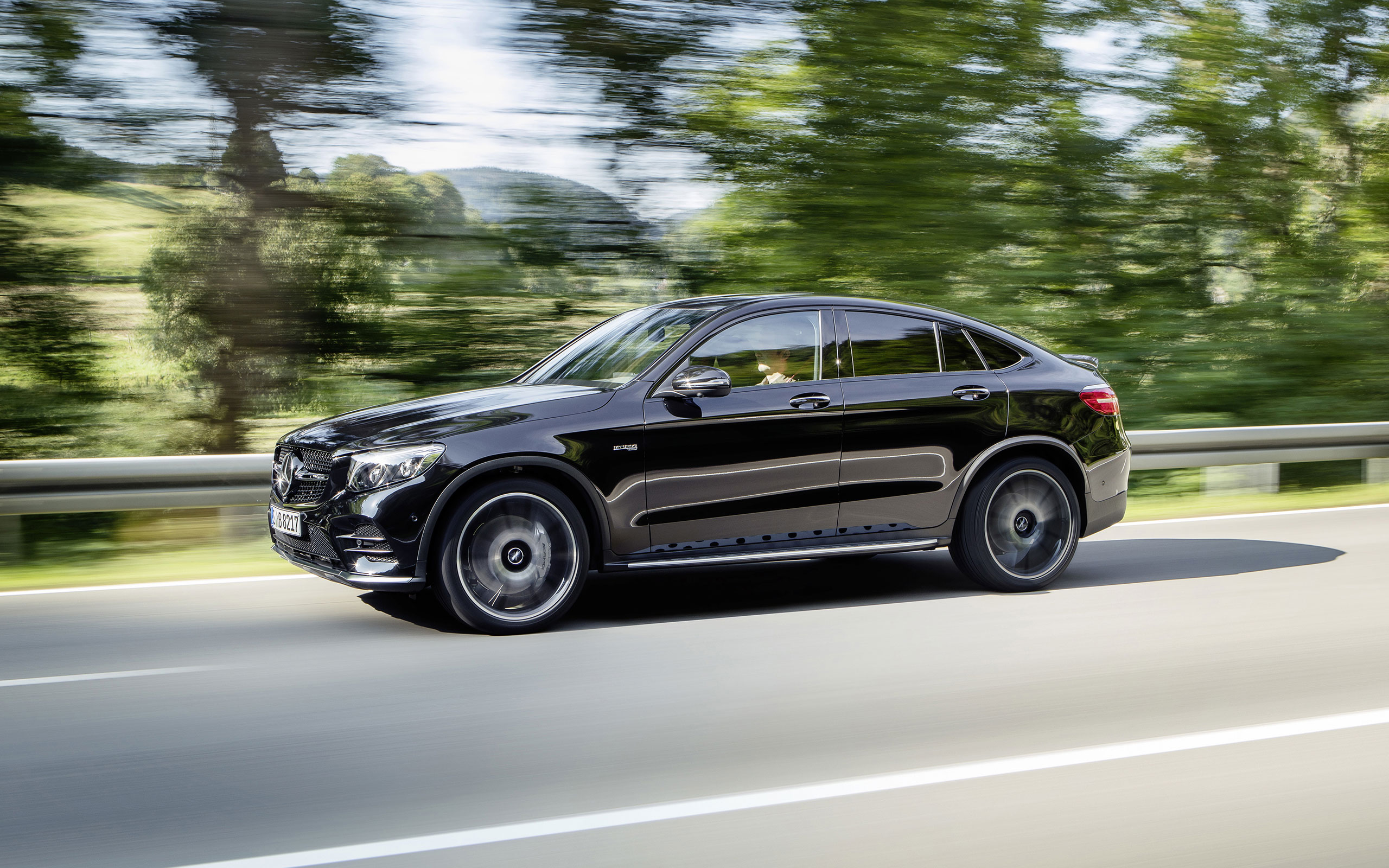 https://assets.mbusa.com/vcm/MB/DigitalAssets/FutureModels/Responsive/2017_GLC43_COUPE/Gallery/2017-GLC-COUPE-GLC43-AMG-FUTURE-GALLERY-002-WR-D.jpg
