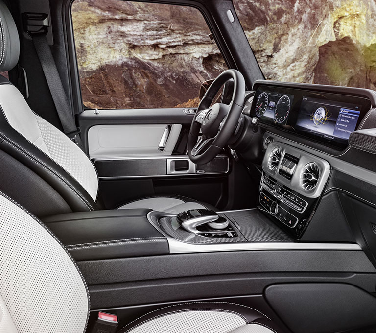 https://assets.mbusa.com/vcm/MB/DigitalAssets/FutureModels/Responsive/2019-G-Class/2019-G-SUV-FUTURE-HIGHLIGHTS-02-D.jpg