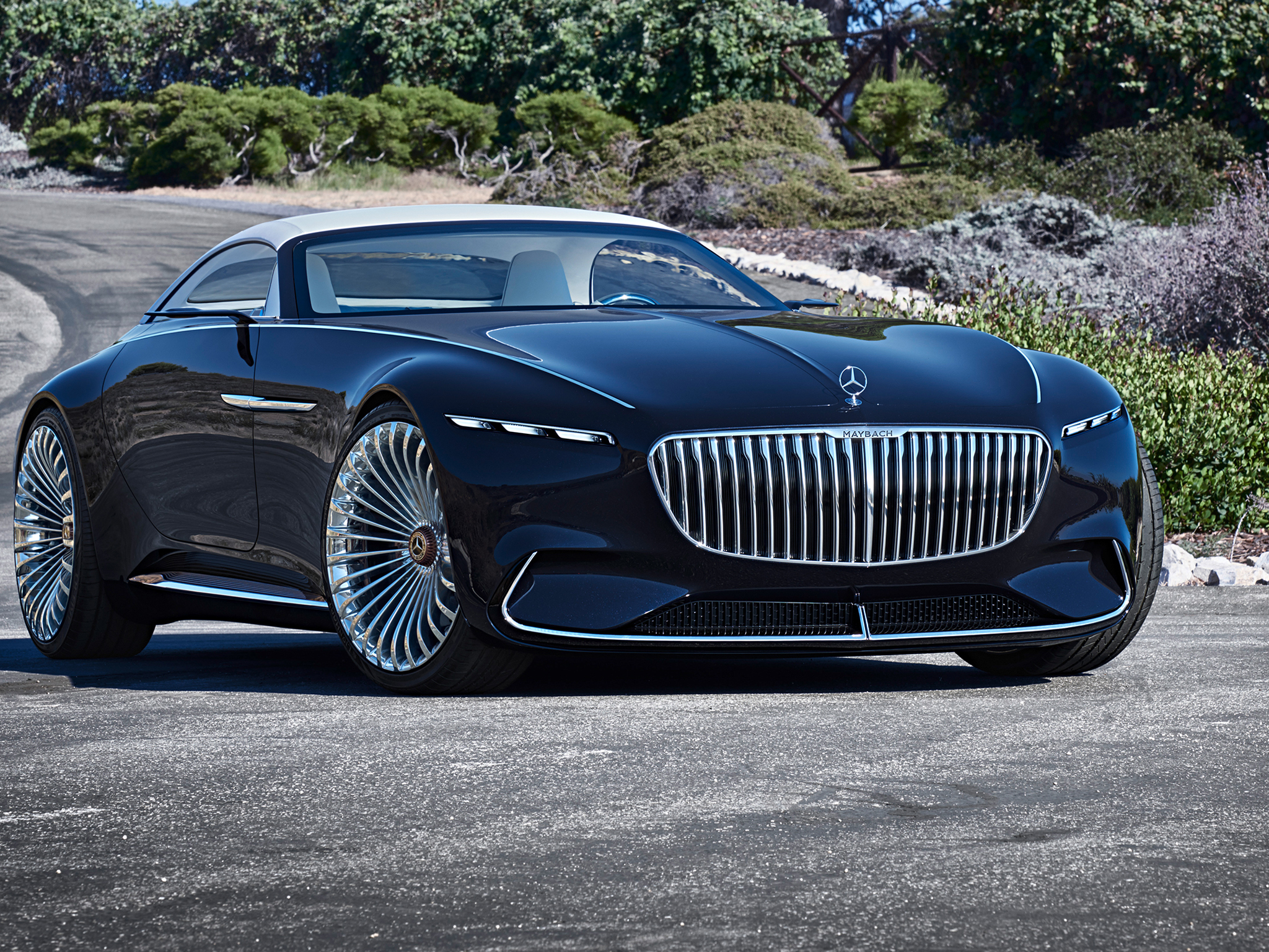 https://assets.mbusa.com/vcm/MB/DigitalAssets/FutureModels/Responsive/MAYBACH_6_CAB/GALLERY/2018-MAYBACH-6-CABRIOLET-FUTURE-GALLERY-007-WR-T.jpg