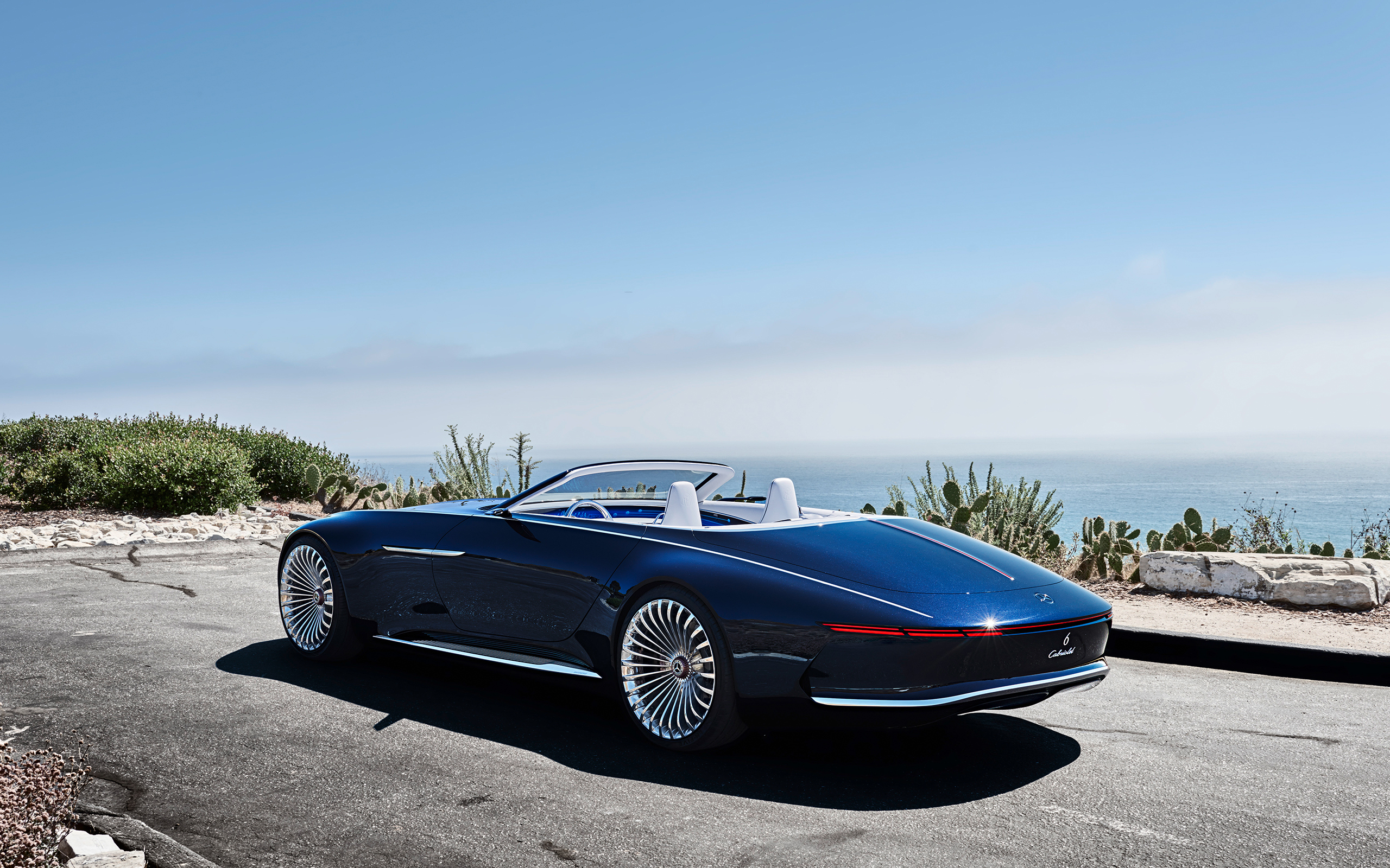 https://assets.mbusa.com/vcm/MB/DigitalAssets/FutureModels/Responsive/MAYBACH_6_CAB/GALLERY/2018-MAYBACH-6-CABRIOLET-FUTURE-GALLERY-008-WR-D.jpg