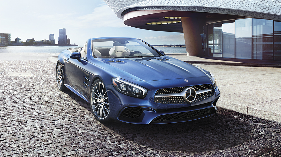 Mercedes-Benz 2017 SL ROADSTER FEATURED GALLERY 01 DR