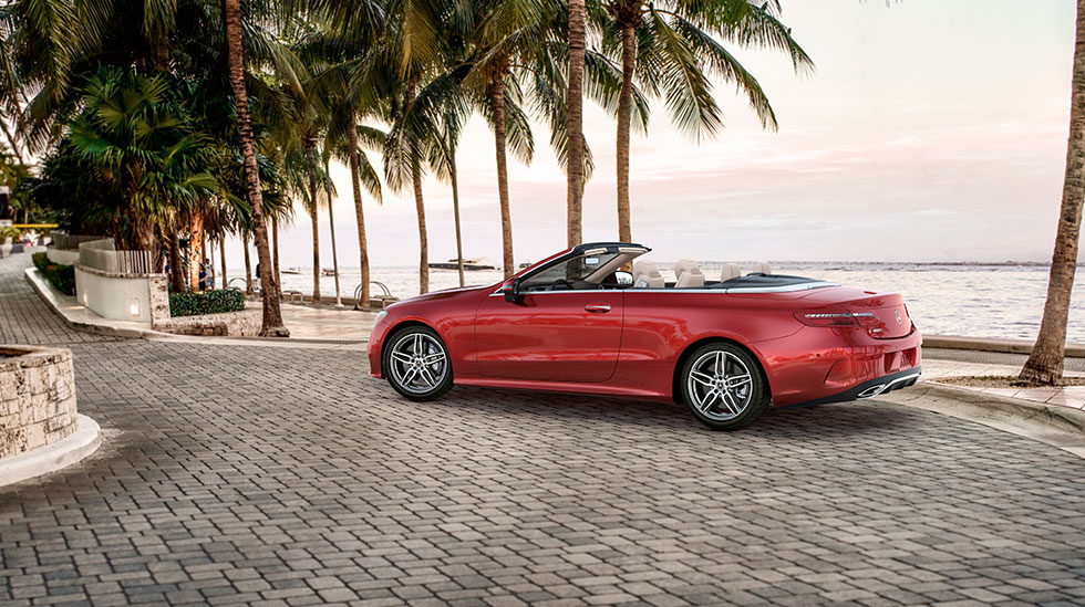 Mercedes-Benz 2018 E CABRIOLET FEATURED GALLERY 980x549