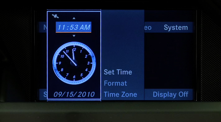 015-a_Setting_The_Clock_COMAND.flv