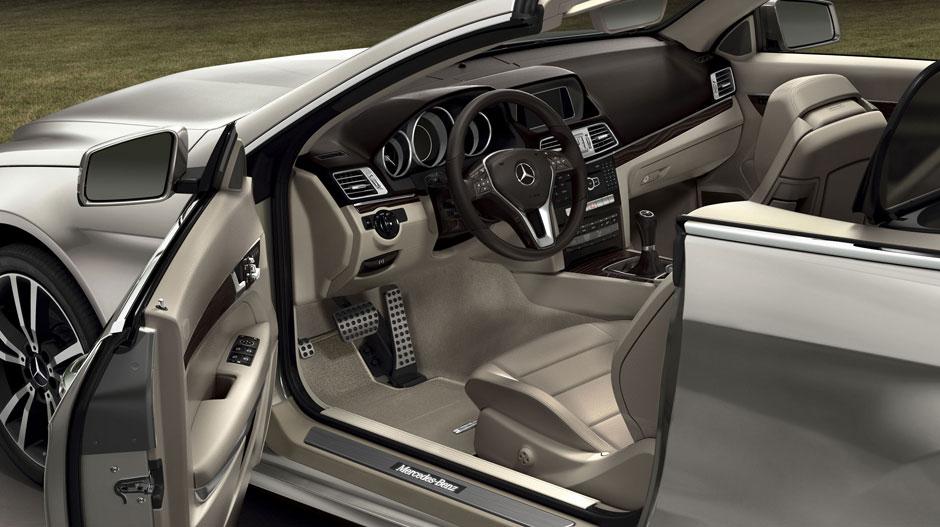 Mercedes-Benz 2014 E CLASS CABRIOLET GALLERY 016 GOI D