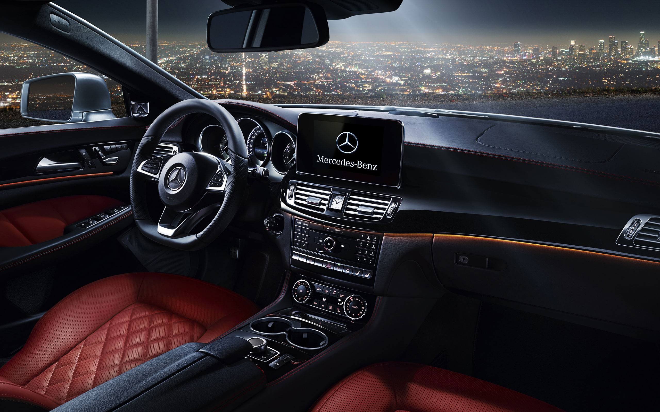 CLS550 With Optional Designo Classic Red/Black Semi Aniline Leather