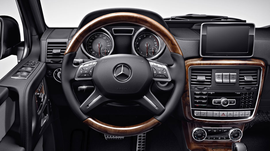 with burl walnut woodleather steering wheel - Mercedes Benz Suv G Class Interior