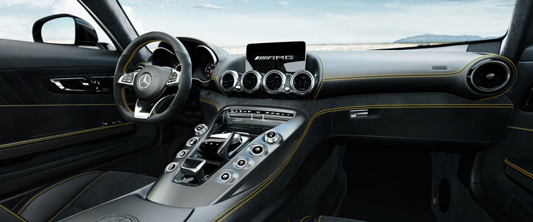 2016-AMG-GTS-CLASS-COUPE-CH04-D.jpg