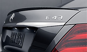 2017-E-SEDAN-E43-AMG-CAROUSEL-RIGHT-3-2-3-D.jpg