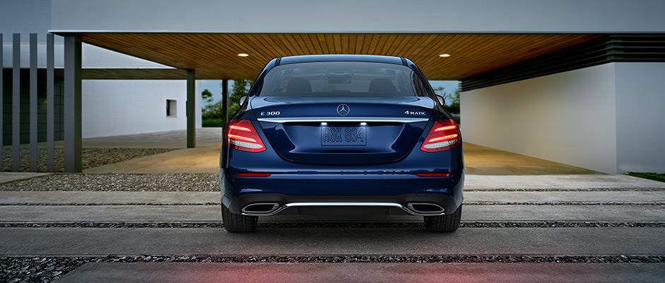 Mercedes-Benz 2016 E SDN GALLERY 004 R1 RFE D