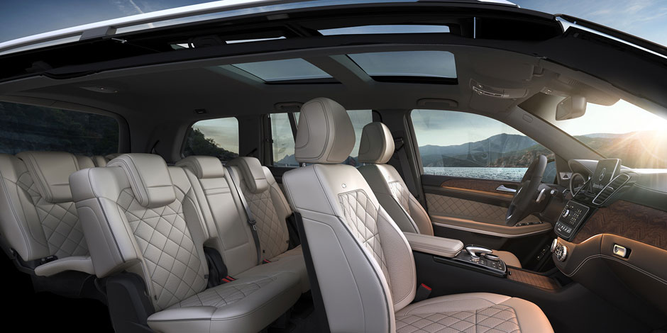 Attractive Luxury At The Forefront. In All Three Rows.