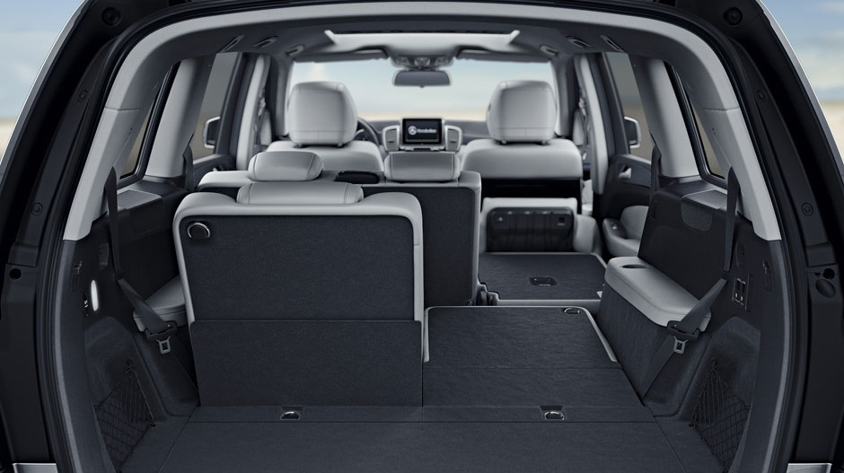 With Crystal Grey Black Leather And Standard Folding 3rd Row Seats