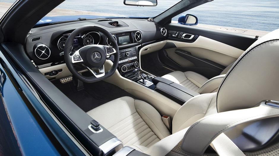Mercedes-Benz 2017 SL ROADSTER GALLERY 001 GOI D