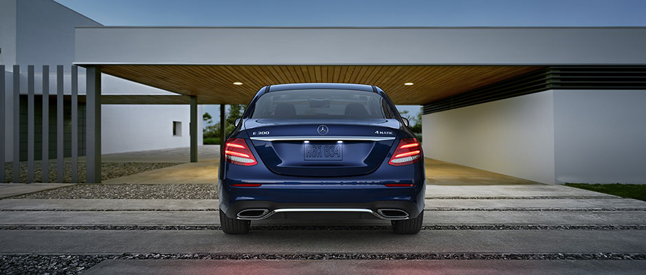 Mercedes-Benz 2018 E SEDAN GALLERY 004 SET R FE D