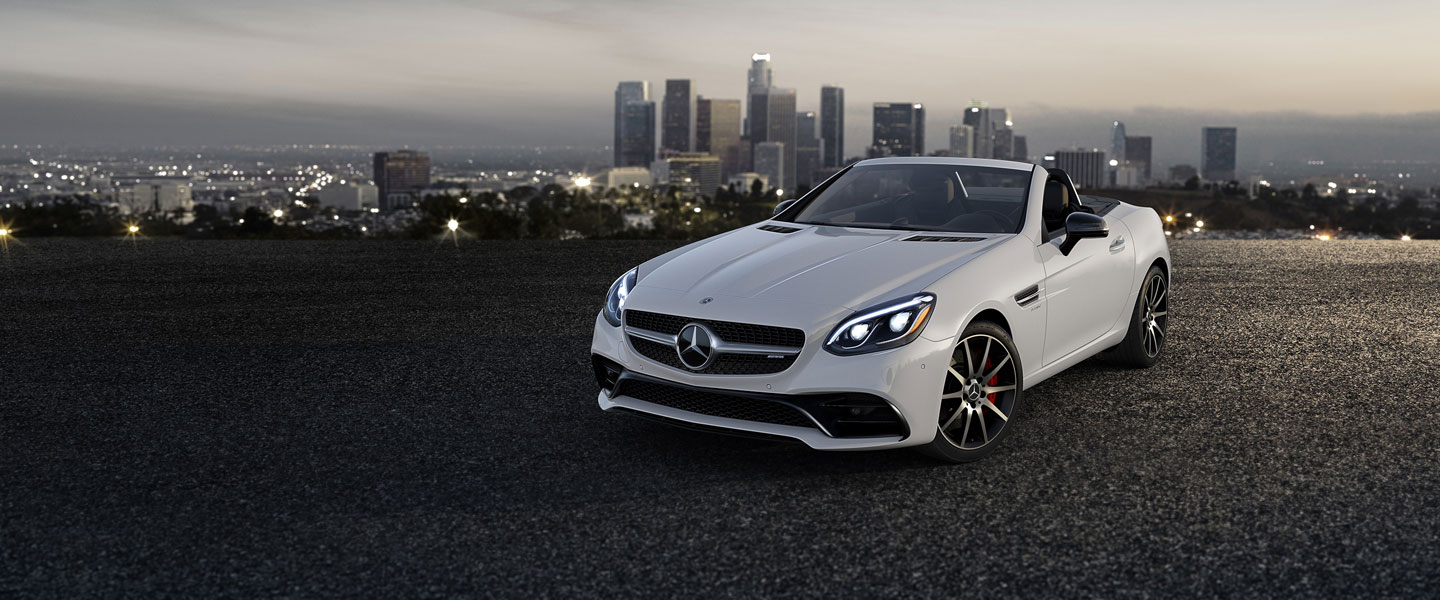 The Mercedes-Benz Roadster Days are Back!