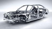Mercedes-Benz 2015 C CLASS SEDAN 042 MCF