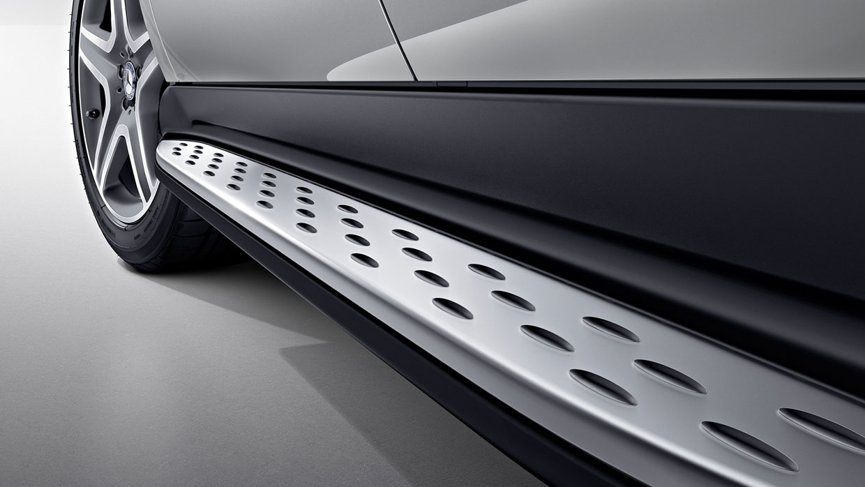 Mercedes-Benz 2016 GLE CLASS SUV 015 MCFO R