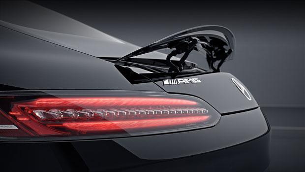 https://assets.mbusa.com/vcm/MB/DigitalAssets/Vehicles/Models/2018/GTS/Features/2018-AMG-GT-S-COUPE-MODEL-106-MCFO.jpg